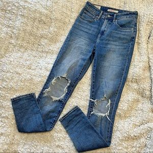 Levi's 721 High Rise Skinny Blue Jeans Distressed